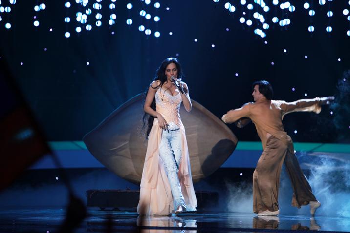 Armenia's Eva Rivas, Second Semi-Final: On Stage © Giel Domen (EBU)