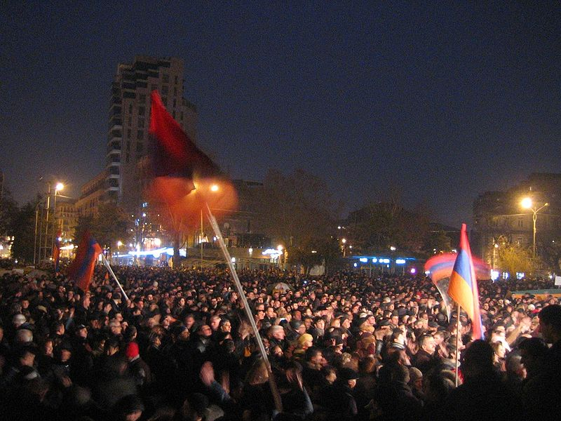 800px-Armenian_Presidential_Elections_2008_Protest_Day_5_-_Opera_Square_night