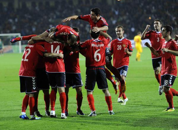The team after winning last Friday's game against Macedonia/via Yura Movsisyan Fans, Facebook